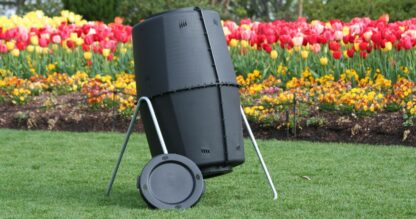 Spin Bin, a compost tumbler for composting at home